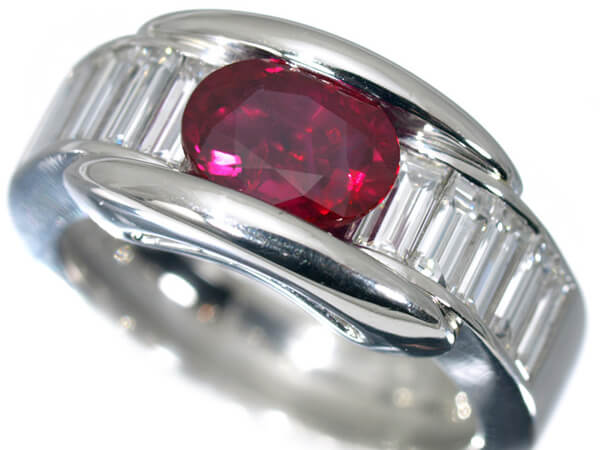 プラチナ ルビー 2.2ct ダイヤモンドリング